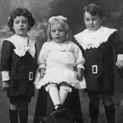 Children Jack, Thelma and Albert Parkinson - what a great photo…….